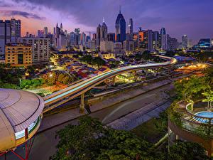 Hintergrundbilder Malaysia Gebäude Straße Abend Kuala Lumpur Städte