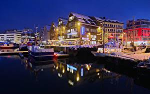 Fotos Norwegen Haus Bootssteg Abend Winter Schiff Bucht Straßenlaterne Tromso Städte