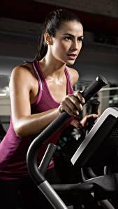Hintergrundbilder Fitness Unterhemd Körperliche Aktivität Sport