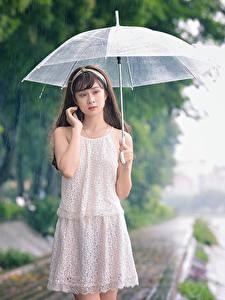 Bilder Asiatische Regen Regenschirm Kleid