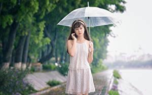 Fonds d'écran Asiatique Pluie Parapluie Les robes Filles