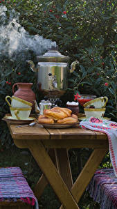 Bilder Stillleben Backware Samowar Tisch Tasse Dampf Lebensmittel