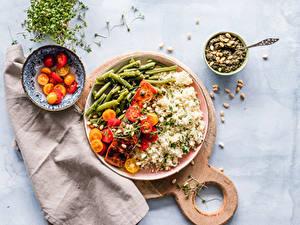 Bilder Reis Fleischwaren Gemüse Tomate Schneidebrett Teller Schüssel