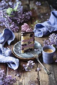 Bilder Kaffee Cappuccino Torte Bretter Tasse Stück Essgabel