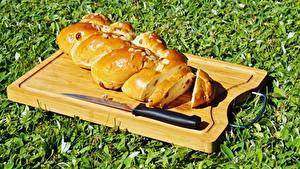 Bilder Messer Backware Brot Gras Schneidebrett Geschnitten