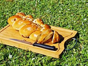 Bilder Messer Backware Brot Gras Schneidebrett Geschnitten Lebensmittel