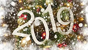 Bilder Neujahr 2019 Schnee Ast Kugeln