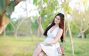 Fonds d'écran Asiatique Balançoire Les robes Belles