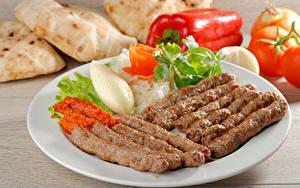 Bilder Fleischwaren Gemüse Teller