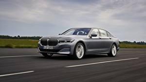 Fondos de escritorio BMW Carreteras Movimiento Gris Metálico Sedán 7 series, G11/G12 automóvil