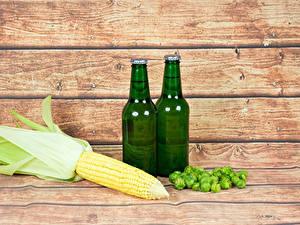 Desktop hintergrundbilder Kukuruz Bier Echter Hopfen Bretter Flaschen das Essen