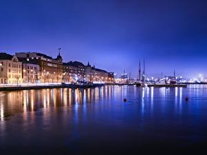 Fotos Helsinki Finnland Gebäude Schiffsanleger Nacht