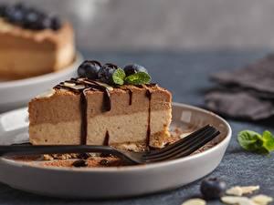 Fotos Torte Schokolade Stücke Essgabel das Essen
