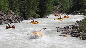Image Rafting Boats Stones Rivers Canada Parks Fraser river, British Columbia, mount Robson Park Sport