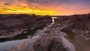 Fotos Thailand Park Flusse Sonnenaufgänge und Sonnenuntergänge Felsen Sampanbok natural stone park Natur