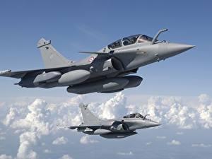 Bilder Flugzeuge Jagdflugzeug Flug Französischer Dassault Rafale Luftfahrt