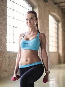 Hintergrundbilder Fitness Uniform Bauch Hanteln Körperliche Aktivität Sport Mädchens