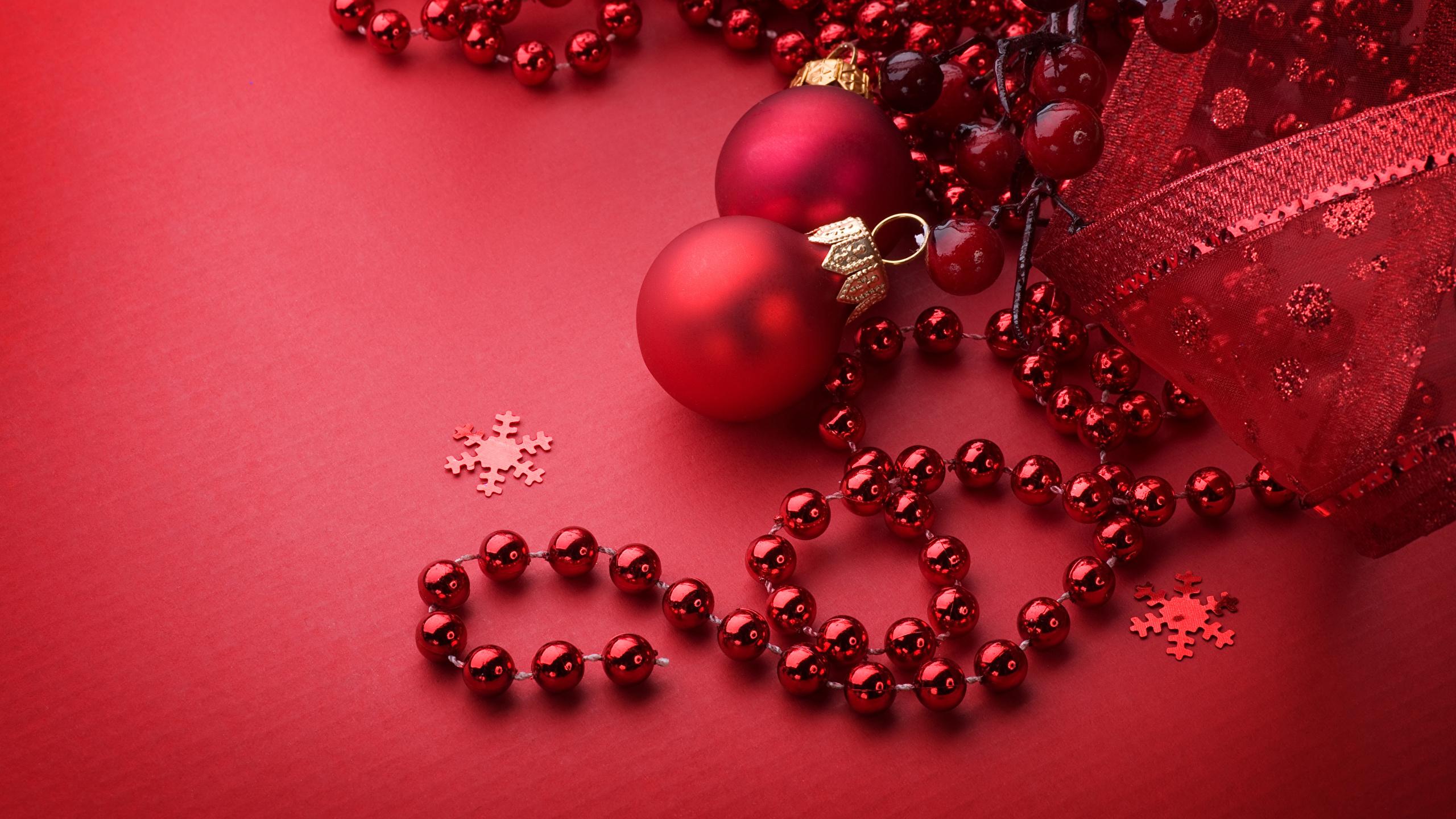 Fonds Decran 2560x1440 Nouvel An Fond Rouge Boules Rouge
