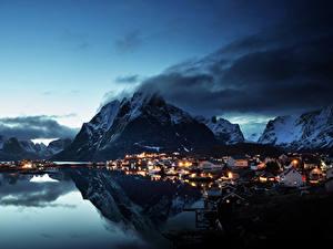 Fotos Norwegen Lofoten Gebirge Haus Abend Küste Dorf Reine Village Städte