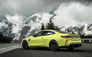 Fotos BMW Berg Coupe Metallisch Wolke M4 Competition, (G82), 2020 automobil Natur