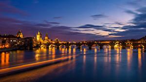 Hintergrundbilder Tschechische Republik Prag Haus Fluss Brücke Himmel Karlsbrücke Nacht Städte