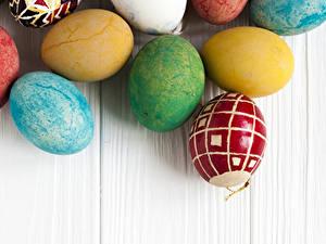 Bilder Ostern Bretter Ei Mehrfarbige