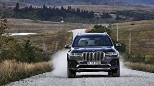 Bureaubladachtergronden BMW Vooraanzicht Cross-over auto Blauw kleur 2019 X7 G07 Auto