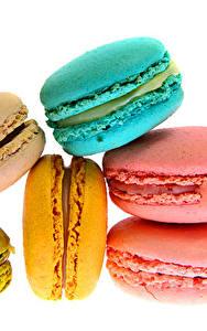 Fotos Süßware Großansicht Makro Weißer hintergrund Macarons Lebensmittel