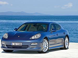 Photo Porsche Blue Metallic Panamera 4S, Worldwide, 970 Cars