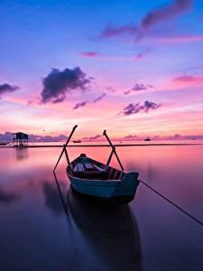 Hintergrundbilder Sonnenaufgänge und Sonnenuntergänge Himmel Boot Reflexion