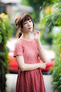 Fonds d'écran Asiatique Main Les robes Aux cheveux bruns