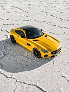 Bilder Mercedes-Benz Gelb Von oben 2014-17 AMG GT S Worldwide automobil