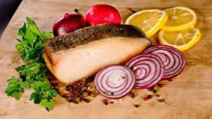 Bilder Zwiebel Zitrone Fische - Lebensmittel Gewürze Geschnitten das Essen