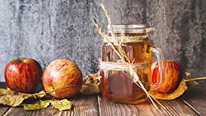 Fotos Fruchtsaft Äpfel Bretter Becher Blatt Ähre