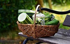 Fotos Gurke Bank (Möbel) Weidenkorb
