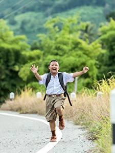 Hintergrundbilder Wege Asiatische Junge Shorts Laufen Kinder