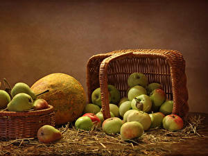 Pictures Apples Pears Pumpkin Wicker basket Straw Food