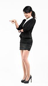 Fotos Asiatische Weißer hintergrund Posiert Stöckelschuh Rock Hand Brünette