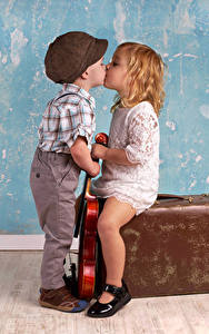 Picture Walls Boys Little girls Kisses Two Suitcase child