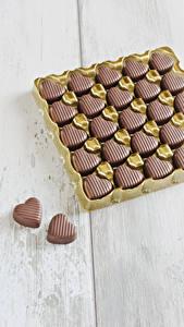 Hintergrundbilder Valentinstag Süßware Bonbon Schokolade Herz