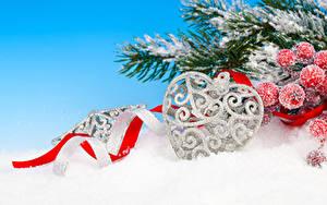 Hintergrundbilder Neujahr Beere Ast Schnee Herz Band