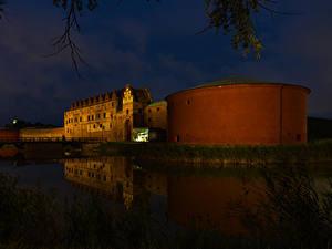 Bilder Schweden Burg Flusse Brücken Nacht Malmo