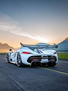 Photo Koenigsegg Back view White Jesko automobile