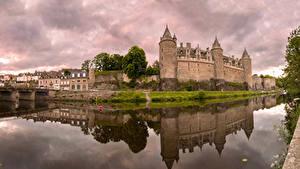 Pictures France Castles Rivers Reflected Josselin Castle Cities
