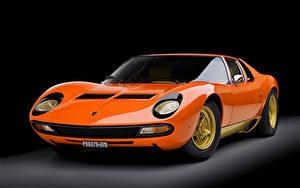 Hintergrundbilder Lamborghini Antik Schwarzer Hintergrund Orange Metallisch 1973 Miura P400 SV Worldwide Bertone