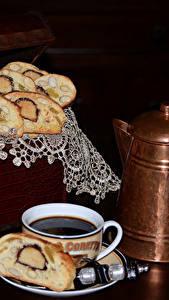 Bilder Backware Kaffee Flötenkessel Schwarzer Hintergrund Tasse