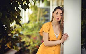 Hintergrundbilder Unscharfer Hintergrund Kleid Hand Dunkelbraun Laura Mora