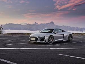 Desktop hintergrundbilder Audi Graue Metallisch Parkplatz R8 V10 2020 RWD auto