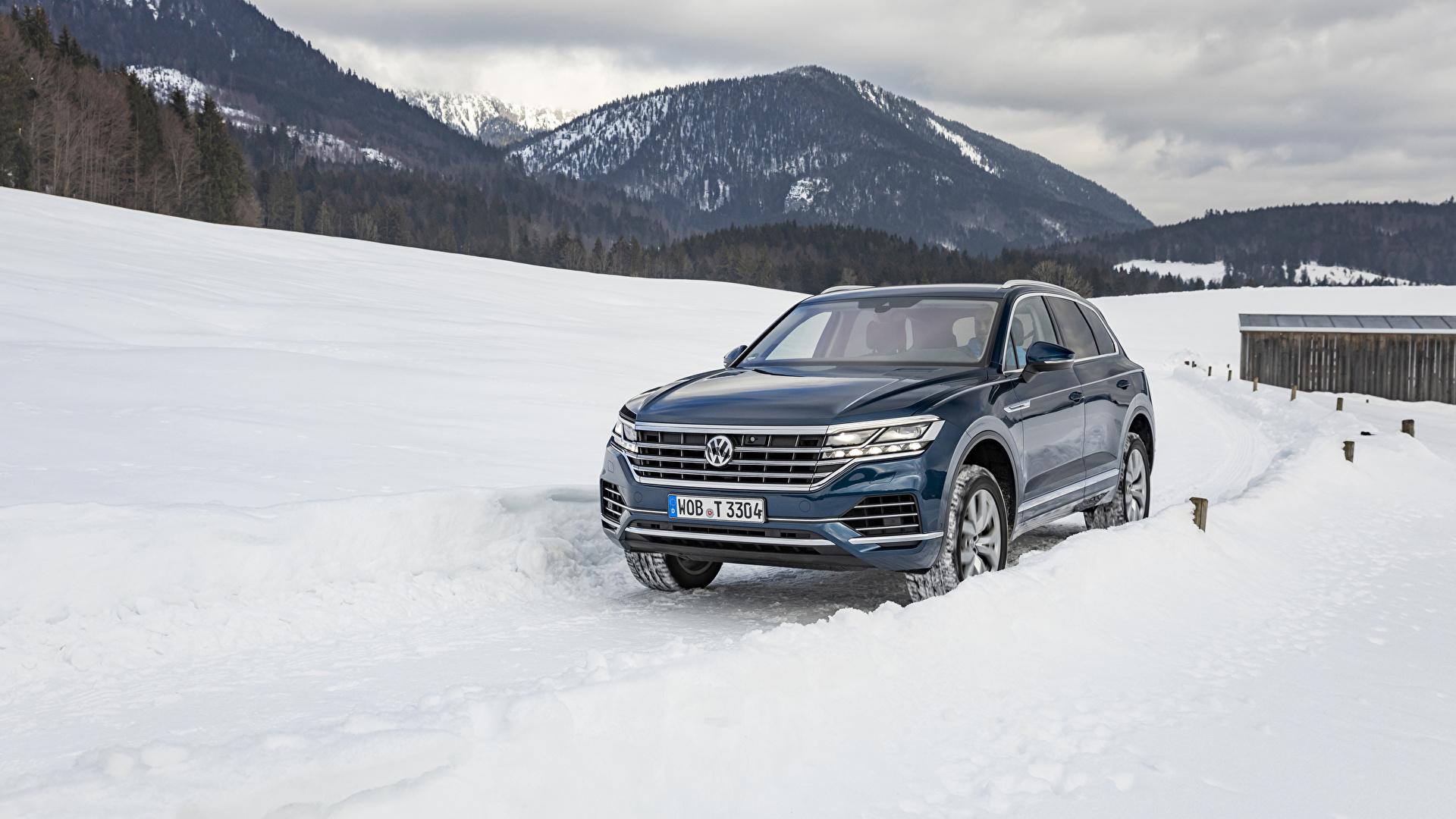 Hintergrundbilder Volkswagen 2018-19 Touareg V6 TDI Worldwide Blau Schnee Autos Metallisch 1920x1080