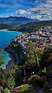 Bilder Spanien Küste Haus Berg Bäume Lastres Asturias